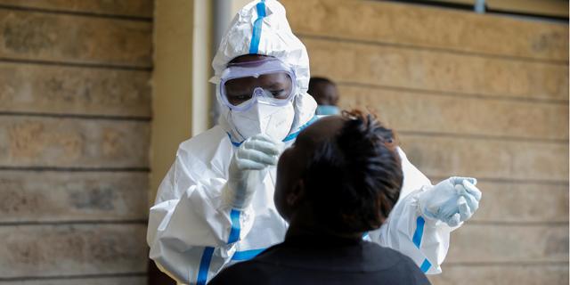 בדיקת קורונה בקניה, צילום: רויטרס