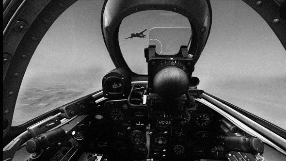 מטוס נפטון בכוונת מיג 15 (אילוסטרציה)