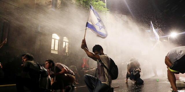 Protests escalate in Jerusalem and Tel Aviv as discontent from government's response to Covid-19 grows