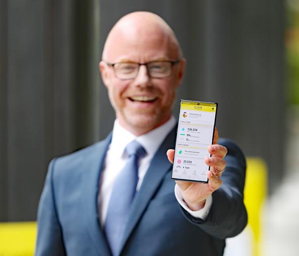 שר הבריאות אירלנד סטיבן דונלי אפליקציה Covid Tracker איתר קורונה, צילום: רויטרס