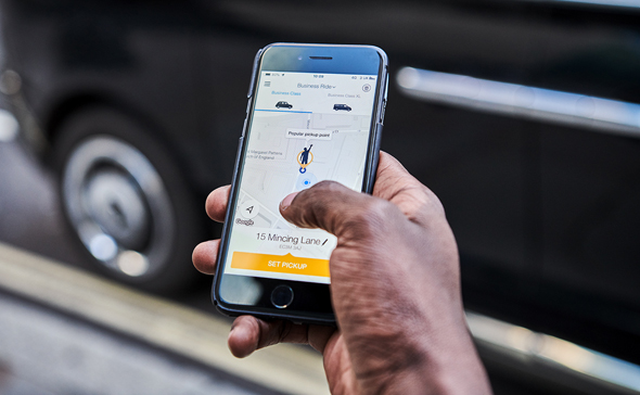 A user hails a taxi using Gett's app. Photo: Gett