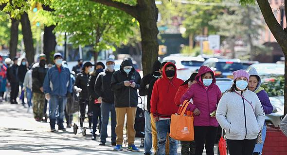 תור לבית תמחוי בניו יורק בזמן הקורונה, צילום: AFP