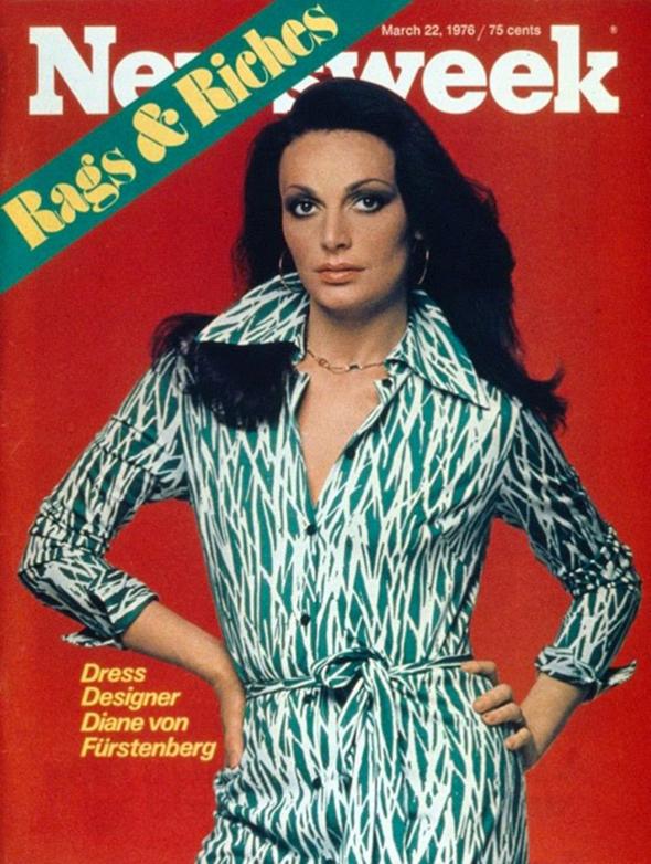 """פון פירסטנברג בגיל 29 על שער """"ניוזוויק"""" בשמלת המעטפת האיקונית שלה. בתוך שנתיים נמכרו יותר ממיליון שמלות כאלה"""