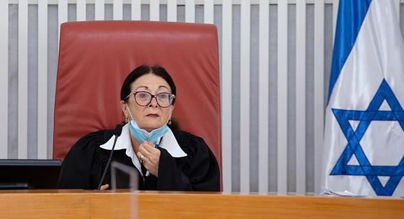 """נשיאת בית המשפט העליון אסתר חיות. """"שינוי כזה אינו בסמכות הגורם המבצע — הוא נתון למחוקק"""""""