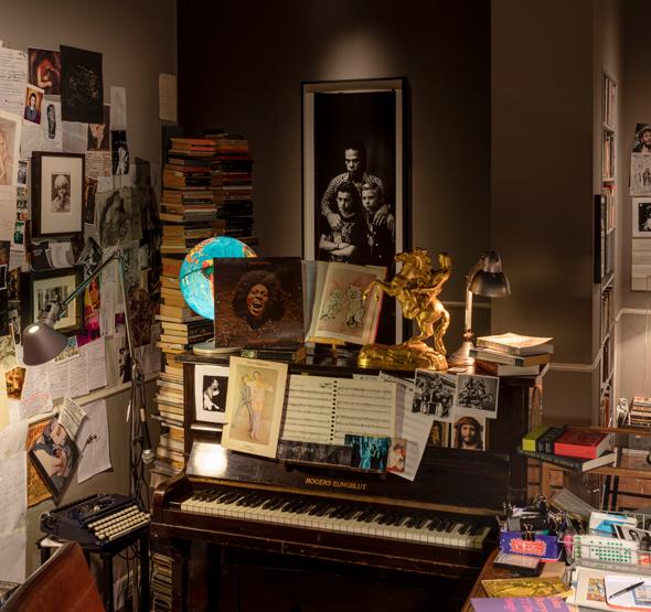 """מתוך התערוכה של ניק קייב. """"יצרנו תערוכה שלא דומה לשום דבר שקרה קודם לכן"""""""