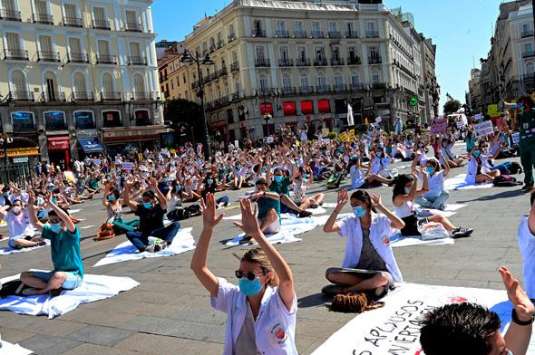 מחאת הצוותים הרפואיים במדריד
