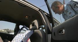 ילד נשכח באוטו ילדים כיסא בטיחות , צילום: עמית מגל