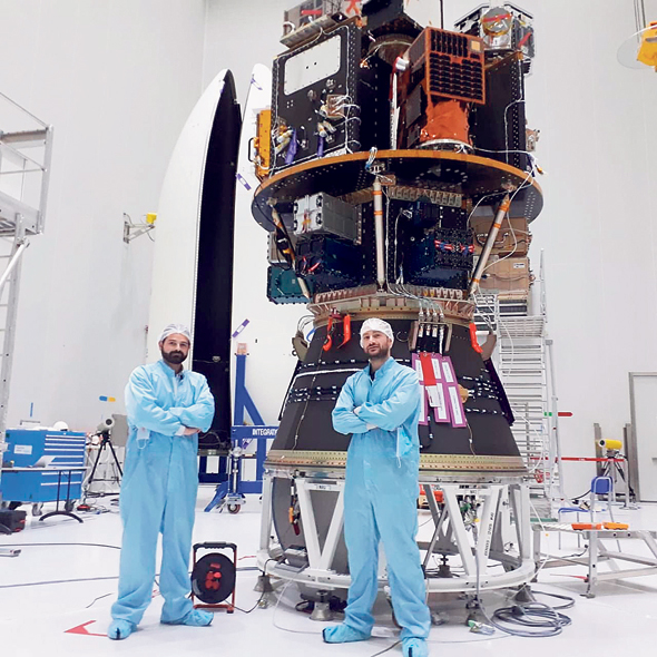 חברת שיגור הלוויינים אריאן ליד הטיל שצוייד בלוויין של ספייס פארמה