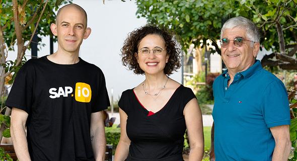 Lior Weizman (SAP), Zivia Baron (IEC), Miki Steiner (E.ON). Photo: Efrat Saar