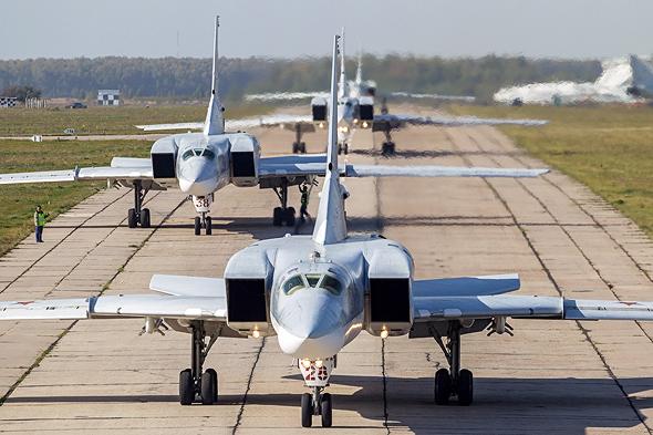 מפציצי טופולב 22M על הקרקע