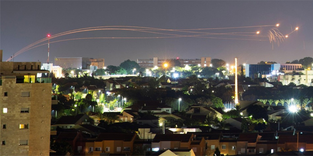 שיגור רקטות (ארכיון), צילום: רויטרס