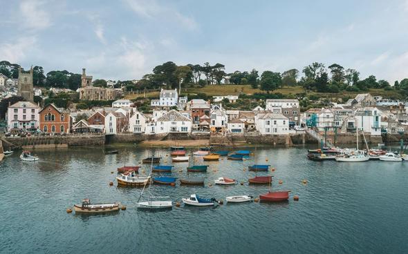 בתים בכפרים ועל החוף נחשבים לבעלי ביקוש גבוה בבריטניה, צילום: JOHN BRAY AND PARTNERS