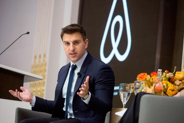 בריאן צ'סקי מנכל ומייסד משותף של חברת Airbnb , צילום: בלומברג