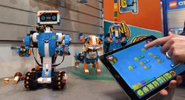 לגו בוסט Boost רובוט רובוטים, צילום: איי פי