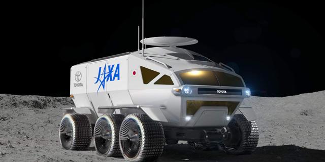 איש על הירח: טויוטה מציגה את לונאר קרוזר