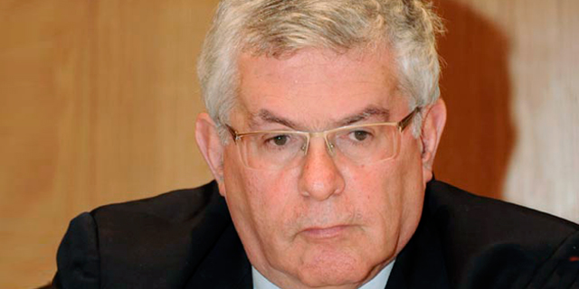"""השופט בדימוס דוד חשין מונה ליו""""ר הועדה למינוי דירקטורים בבנקים"""