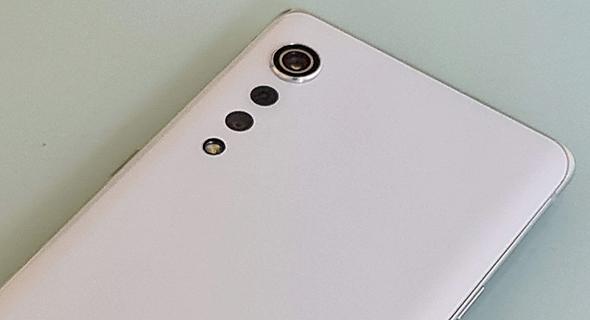 מצלמה אחורית סמארטפון LG Velvet, צילום: רפאל קאהאן