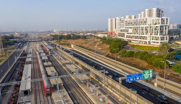הקו המהיר ירושלים הרצליה, מבט מלמעלה