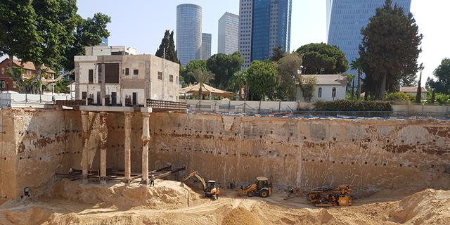 הקרקע בשרונה. הפרויקט נמצא כעת בשלב של חפירה ודיפון, צילום: דרור מרמור