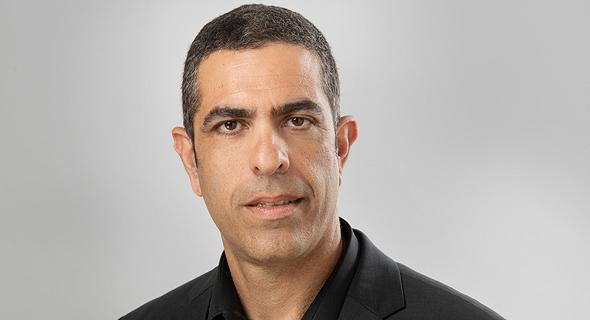 הכותב, פרופ' אסף אברהמי