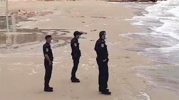 שוטרים בים, צילום: דוברות משטרת ישראל