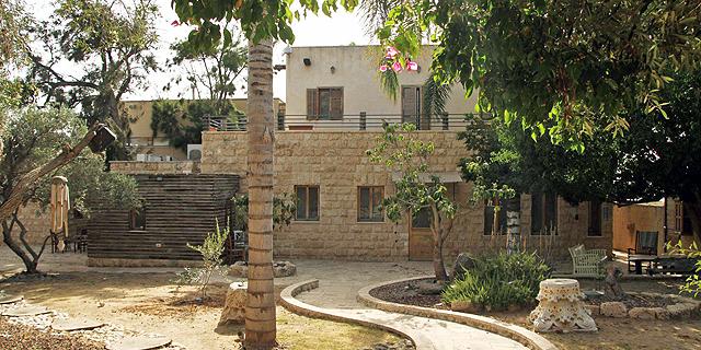 רשות מקרקעי ישראל תובעת דמי שימוש על הווילה של דני דנקנר בעתלית