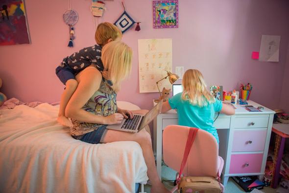עבודה מהבית, ארכיון, צילום: בלומברג