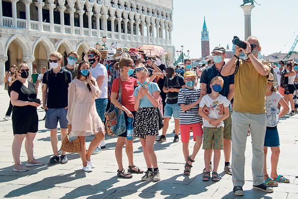 תיירים בוונציה