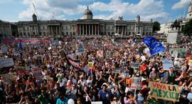 מחאה בריטניה לונדון כיכר טרפלגר מגבלות קורונה, צילום: גטי אימג'ס