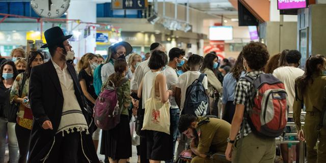 משרד התחבורה ביטל קווים, הנוסעים נתקעו בתחנות