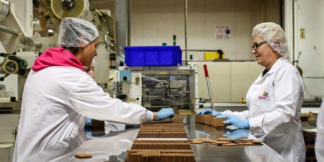 יצרני המזון מתריעים: העובדים בבידוד, אספקת המוצרים החיוניים בסכנה