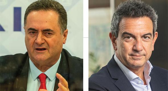 מימין: רון תומר נשיא התאחדות התעשיינים ושר האוצר ישראל כץ