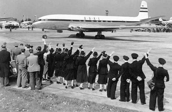 נעים להכיר: מטוס הקומט