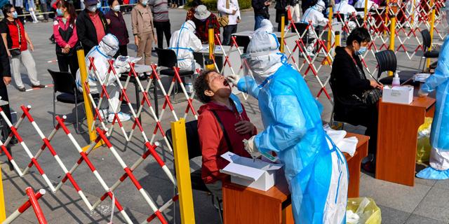 אוניברסיטת ג'ונס הופקינס: בעולם יש כיום כ-40 מיליון מאובחנים בקורונה