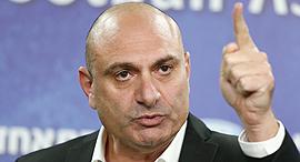 שינו זוארץ יושב ראש ה התאחדות ל כדורגל, צילום: ראובן שוורץ
