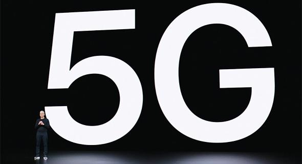 """טים קוק מנכ""""ל אפל רשת 5G אירוע השקת אייפון 12, צילום מסך: אפל"""