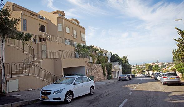 רחוב גרינבוים בשכונת דניה, צילום: גיל נחושתן