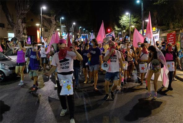 """תהלוכה בדיזינגוף, ת""""א, צילום: עופר צור"""
