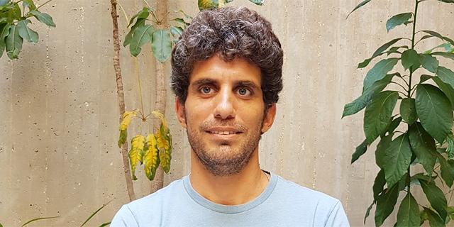 נבות זיו, מנהל מרכז תרבות בית אריאלה תל אביב, צילום: קארין וארנברג בית אריאלה