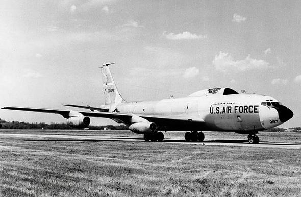 ספיד לייט בראבו, מטוס ייעודי לאיסוף דגימות פיצוצי גרעין, צילום: SDASM