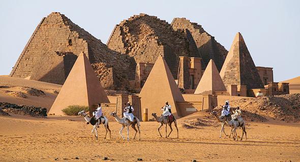 פוטו פלאי טבע לא מוכרים פירמידות מיראה סודן, צילום: שאטרסטוק