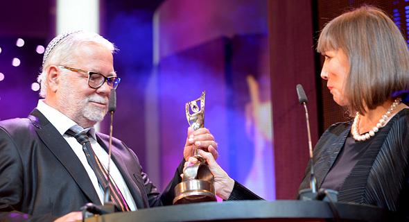 יהודה בארקן מקבל פרס מפעל חיים ב-2014