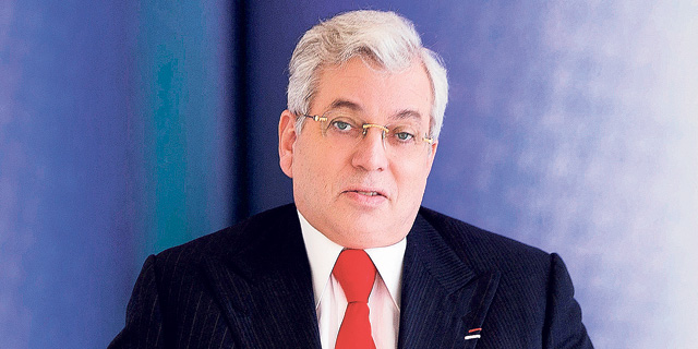 אהרון פרנקל לא עוצר: רוכש מניות נוספות של גב-ים מהפניקס
