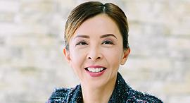 לוסי צ'או Lucy Chow ועידת אמירויות