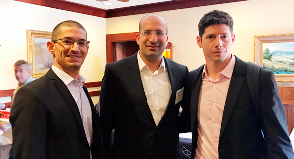 Omnix Medical co-founders Dr. Moshik Cohen-Kutner (center), Dr. Niv Bachnoff (left) and Rom Lakritz. Photo: Courtesy