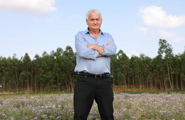 שר החקלאות אלון שוסטר. בהיעדר ממשלה קבועה ספק אם יסכים לחתום על הצו