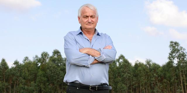 שר החקלאות אלון שוסטר. בהיעדר ממשלה קבועה ספק אם יסכים לחתום על הצו, צילום: דנה קופל