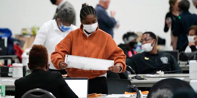 ספירת קולות בדטרויט, מישיגן , צילום: איי פי