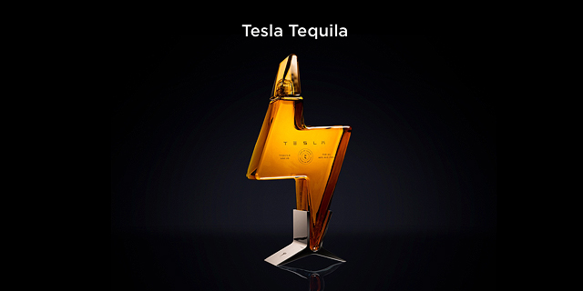 מסר בבקבוק: טסלה משיקה טקילה ממותגת בצורת ברק