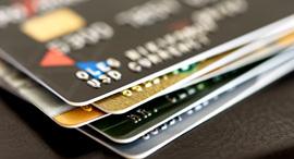 כרטיסי אשראי כרטיס אשראי ויזה ישראכרט, צילום: שאטרסטוק